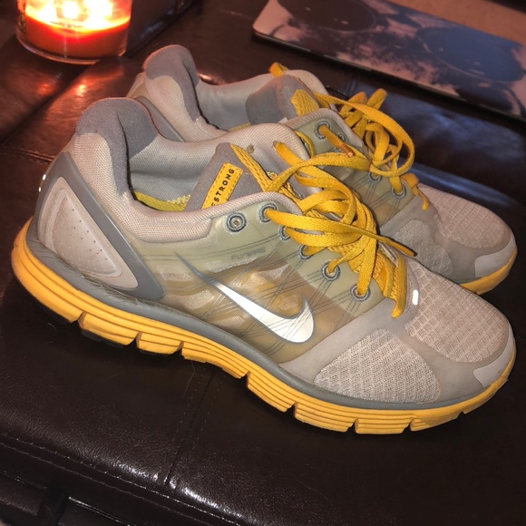nike livestrong shoes